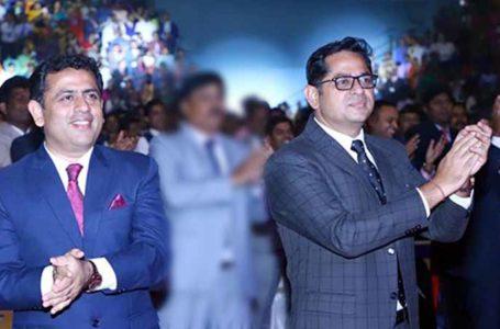 Success Stories of Indian Entrepreneurs in Hindi Harsh Billa and Deepak Billa